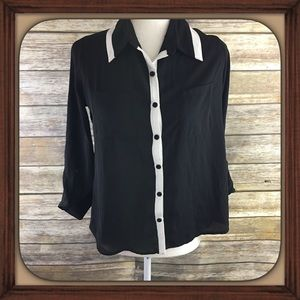 Monteau Black And White Button Down Blouse NWOT